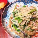 【食】ナスとニラの炒め物、ポテトオムレツ